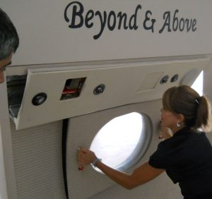flight attendant qualifications